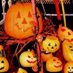 ハロウィンの飾りをダウンロード?手作りの折り紙や切り絵、ペーパークラフトも!