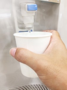 ウォーターサーバーの料金等を比較したら安いのは?天然水、RO水別!厳選12社14種!